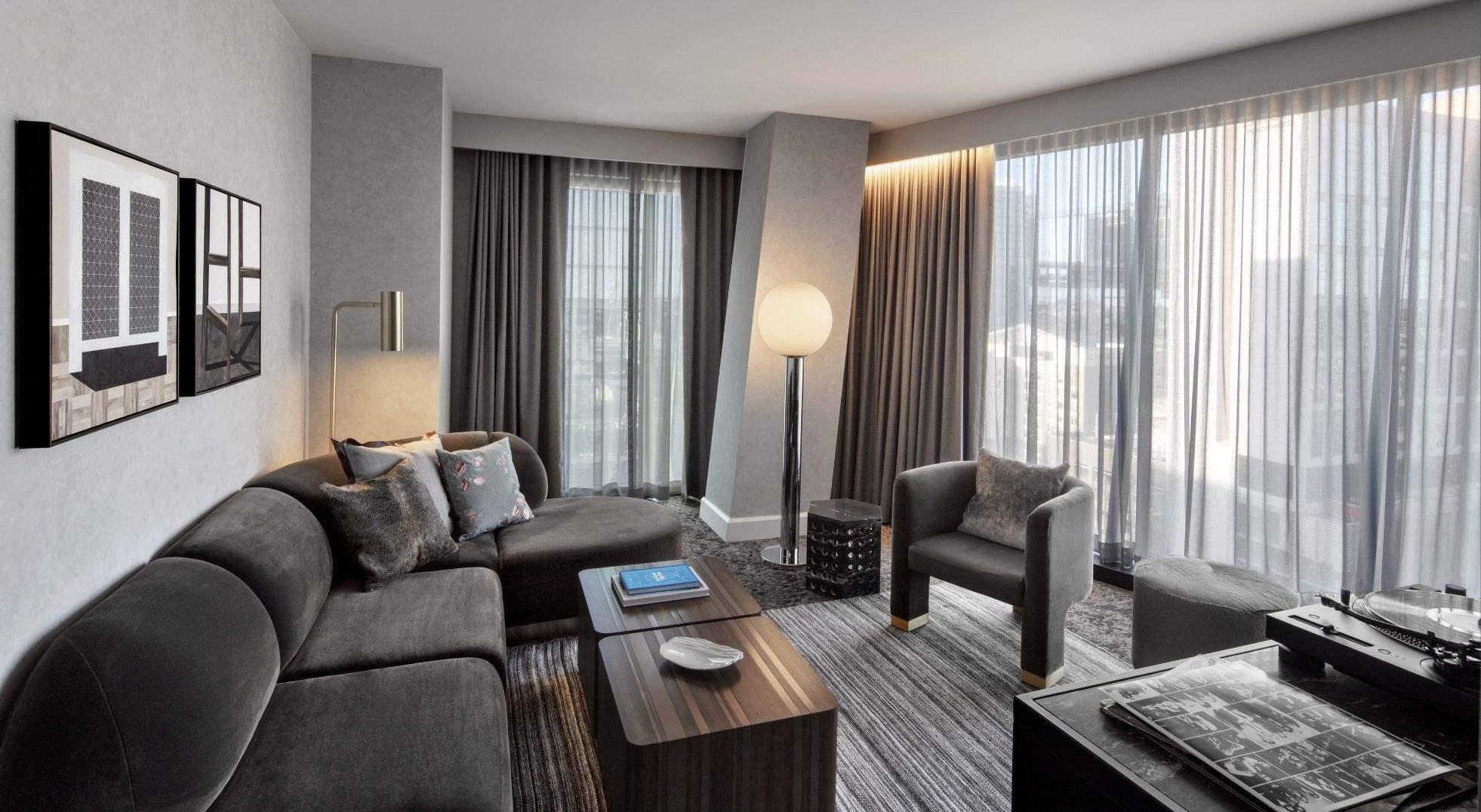 The Joseph Hotel, Nashville Corner Suite