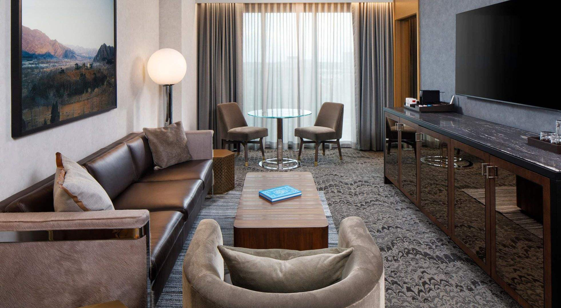 Luxury Suite of The Joseph Hotel, Nashville